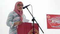 Asisten I Bidang Pemerintahan dan Kesejahteraan Rakyat (Kesra) Sekretariat daerah Kota Tual, Rini Atbar SH mewakili Wali Kota Tual membuka RUAC PMKRI setempat.