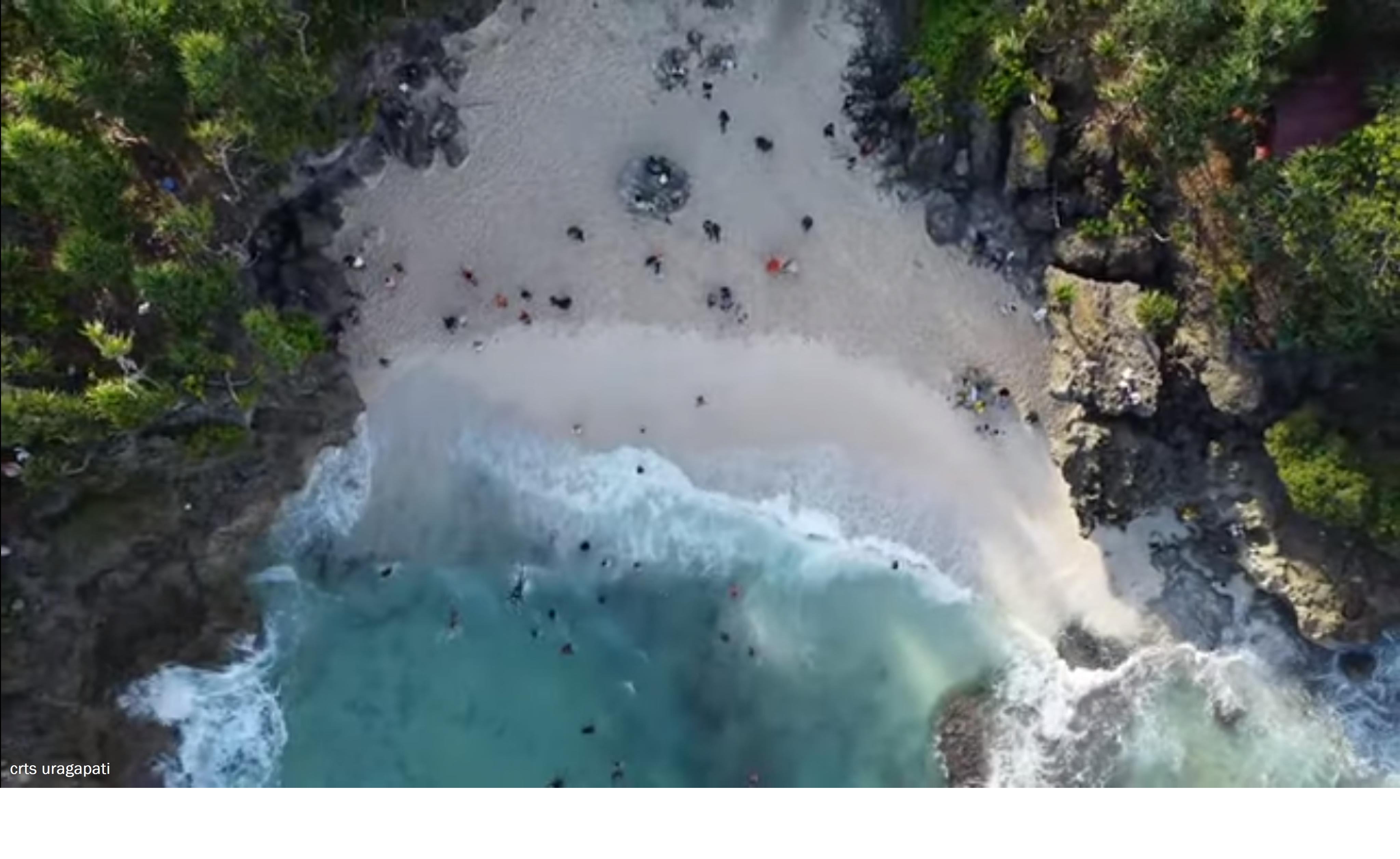 Pantai Nirun di Elaar Ngursoin, Maluku Tenggara (crts uragapati)