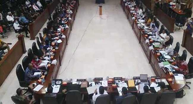 DPRD - Pemkab Kepulauan Tanimbar dalam pertemuan bersama Pimpinan dan Anggota DPRD Maluku